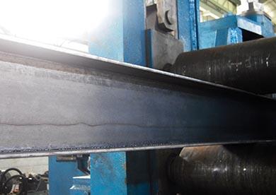 H型钢焊接设备